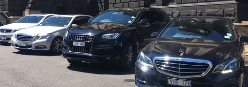 Best Tips Airport Chauffeur Service of Your Hired Cab Melbourne Australia 2020